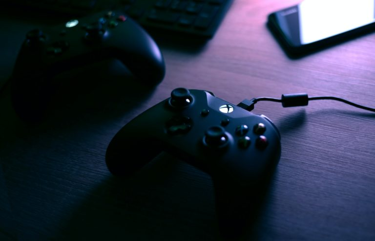 Rule the Game - Wat speelt er? - Xbox Series